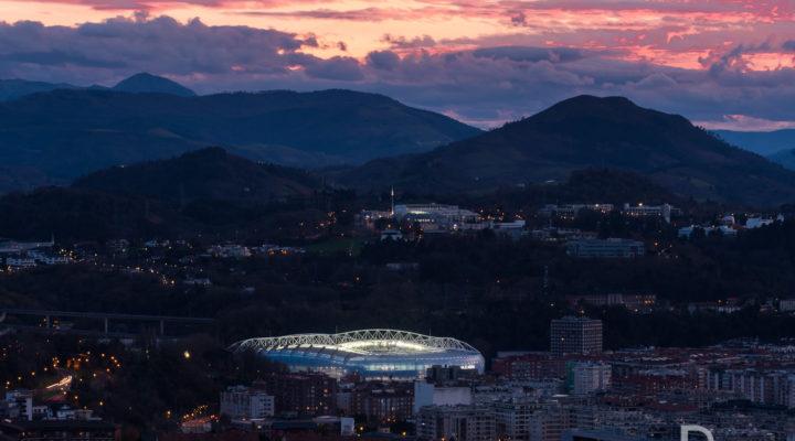 Estadio de Anoeta en Donostia San Sebastian al atardecer ©Dabid argindar